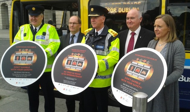 Gardaí catch 24 times more Dublin motorists than cyclists breaking red lights