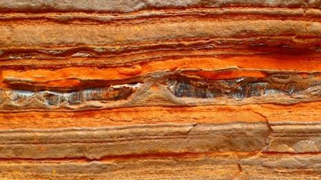 Ooooh ... Is that Crocidolite?