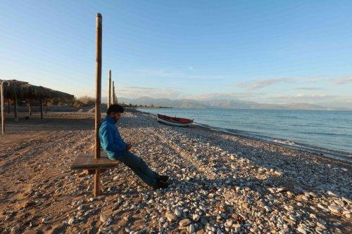 Détente face au golfe de Corinthe