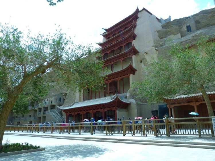Grotte Mogao Buddha Gigante