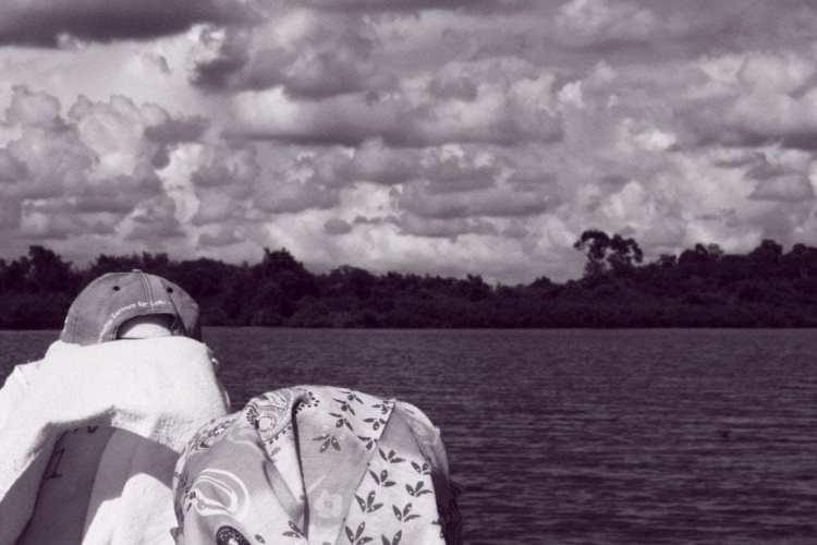 boat ride Logan Bunut Borneo