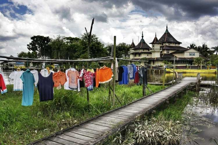 Low cost trip in Borneo, Indonesia, Kalimantan