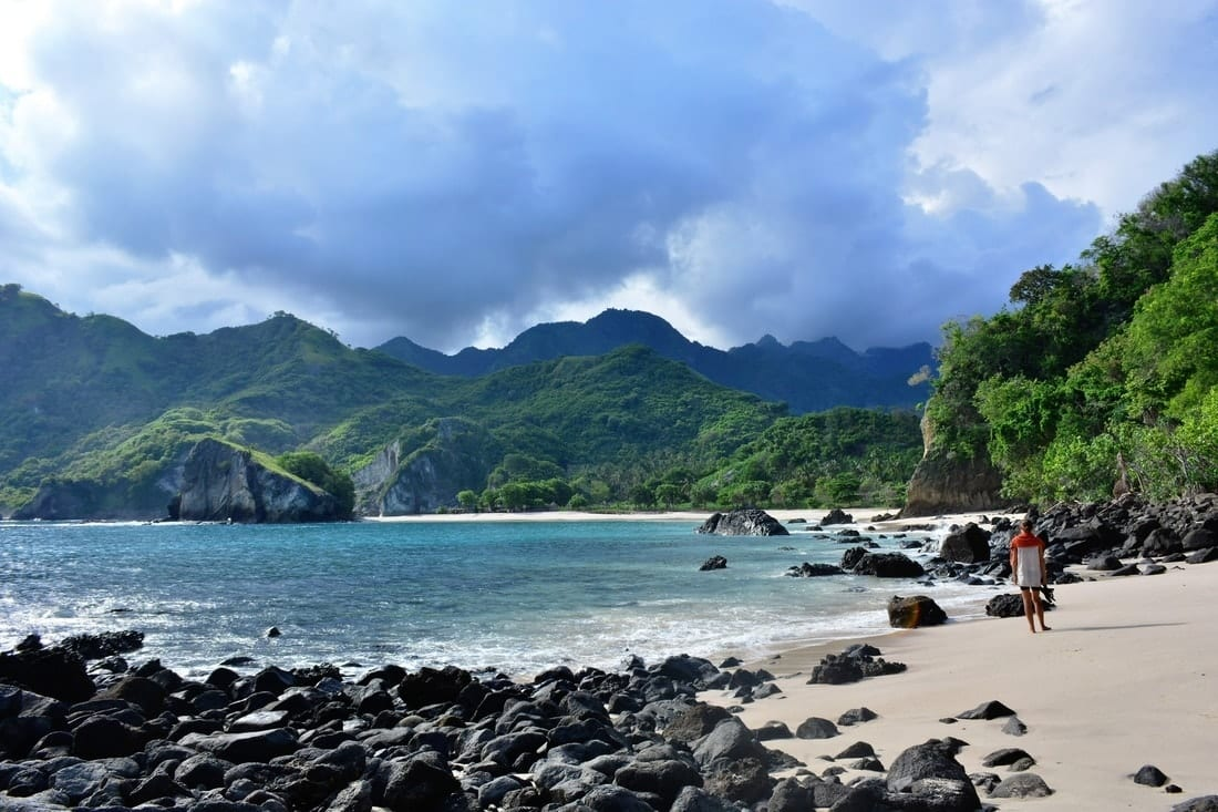 Arriving in Flores: Maumere, Koka Beach and Magic Horses 9