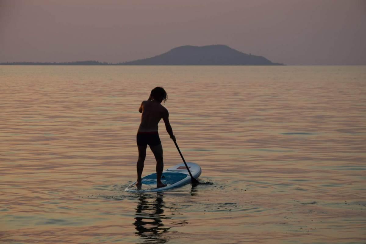 Cape Maclear Kayaking SUP