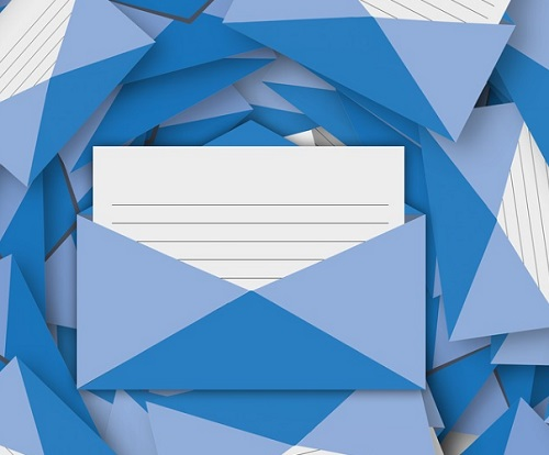 email-blue-square