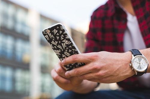 man-texting