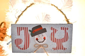 Snowman Plaque with Glow Nose