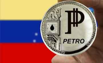 Nicolás Maduro enviará bonos en «Petro» a todos los médicos en Venezuela durante la pandemia
