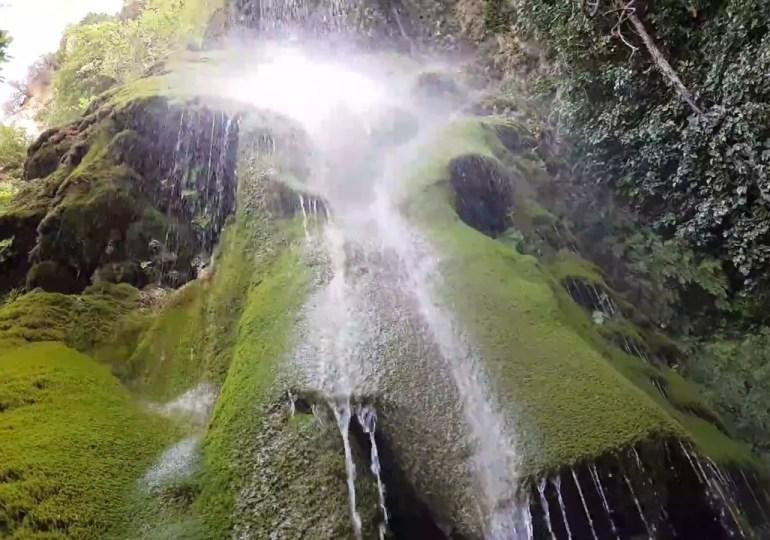 Spacerkiem do wodospadu
