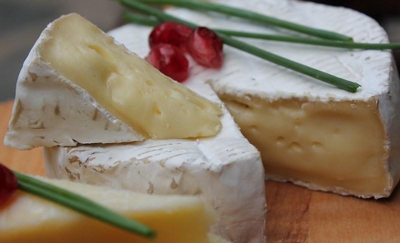 Ogórki i sery w promocji w DELIKATESIKu