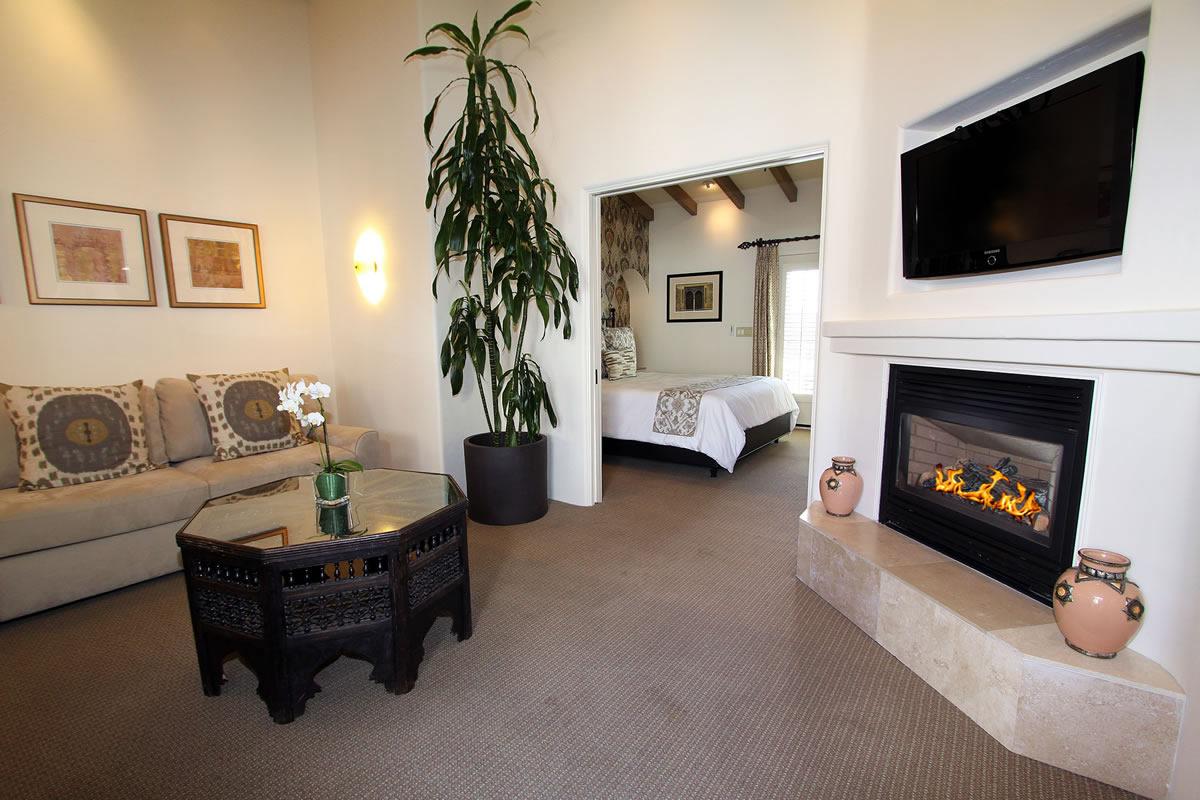 veranda living rooms room funiture 221 king suite with cypress inn