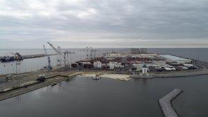 Port facility civil engineering design