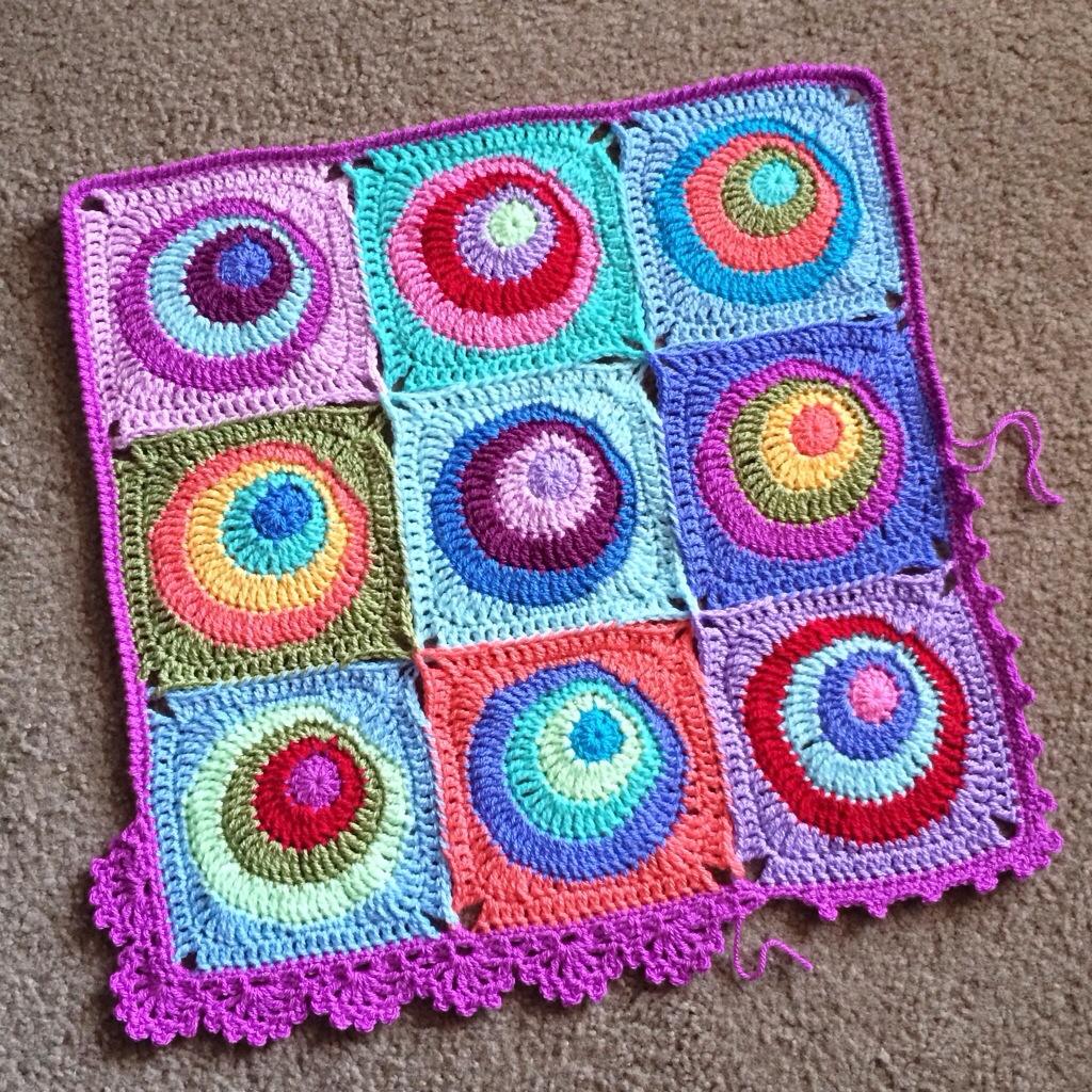 Offset Circles Crochet Blanket Pattern - cypress|textiles
