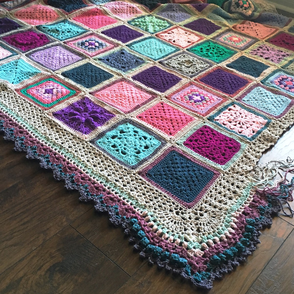 VVCAL Vibrant Vintage Crochet Blanket - Main Info Page (2016 CAL)