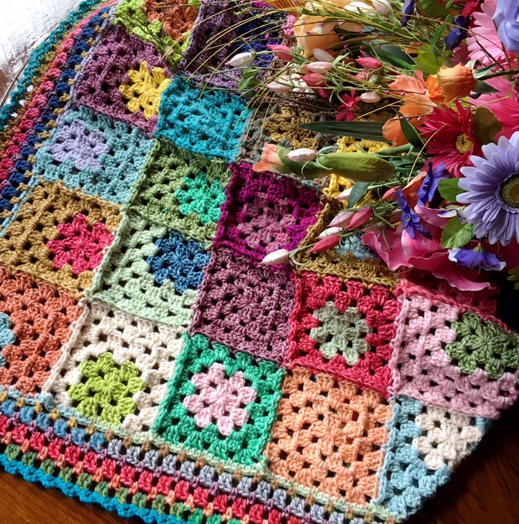 Relaxghan No. 5: Let it Go Crochet Blanket Pattern (written and video instruction)