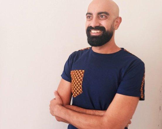Ένα λεπτό με τον Hrishabh Sandilya Συνιδρυτή και Διευθυντή της ΜΚΟ του Project Phoenix