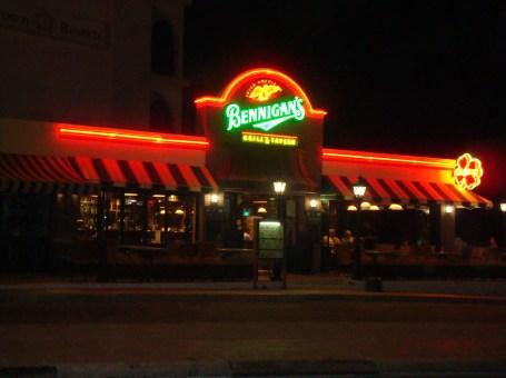 Bennigan's Grill & Tavern
