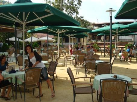 Kakopetria Plateia Cafe
