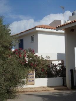 Nissia Beach Villas