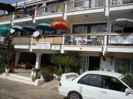 Petros Manoli Tourist Apartments