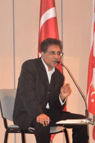 Prof. Dr. Jakob Rigi
