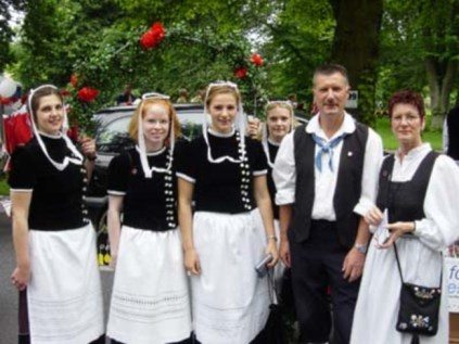 Germans in traditional folk dress