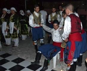 Lapta Belediye dancers