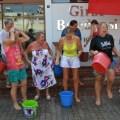 27 Mass Ice Bucket Challenge