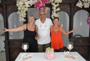 """Mehmet Kuşadali of """"Damp Consultants"""" with Paula and Incilay"""