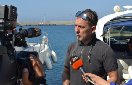 Serhat Akpinar speaking to the TV and press