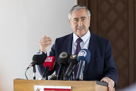 akinci-discusse-with-anastasiades