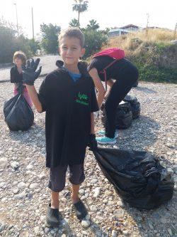 Evkaf Volunteers for Good cleaning (8)
