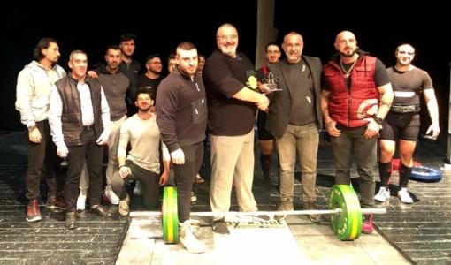 Sergey Eletskikh lifting weights in TRNC 2