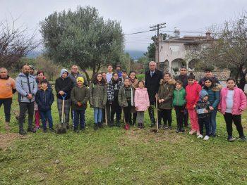 Girne Childrens Assembly sapling planting (5)