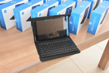 35 Tablets Donated To Students In Gırne (4)