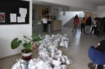 Girne Municipality aid packages to GAU students (5)