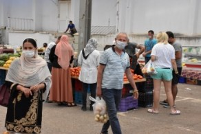 Girne Municipality Open Market precautions to safeguard citizens (4)