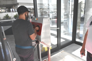 Girne Increases Hygiene Measures at Municipal Building (3)