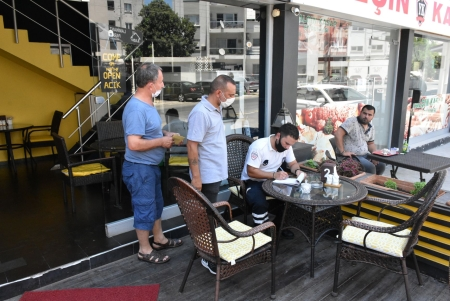 Food Inspections and Covid-19 Controls Continue in Girne Municipality (8)