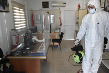 Girne Municipality continues its COVID -19 Spraying Works (4)