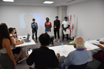 First team evaluation of Turn walls into love competition held (6)