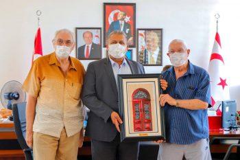 Chris Elliott, Mayor Ismail Arter and Richard Chamberlain