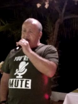Seabreeze Restaurant, Kucuk Erenkoy had another great Karaoke (15)