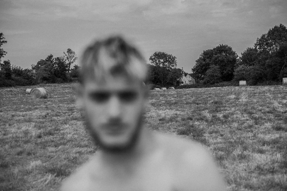 Ghost in the field - Sainte-Honorine-des-Pertes 2019