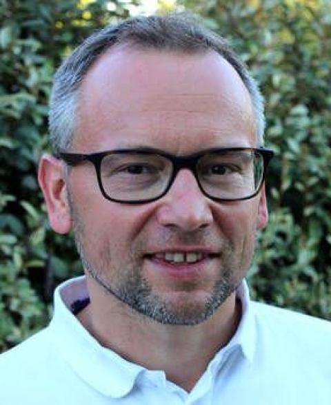 Robert Klopfleisch. Специалист по ветеринарной патоморфологии из Германии.