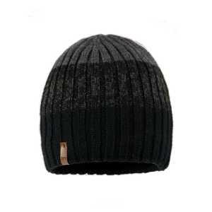 czapka-meska-czarno-czarna-podszewka-bawelnian