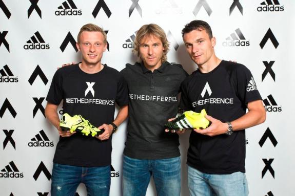 Krejčí, Nedvěd a Lafata s novými kopačkami adidas X a ACE
