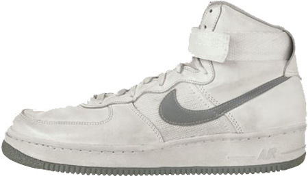 The_original_colorway_Air_Force_I_from_1982