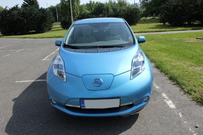 Nissan_Leaf_1