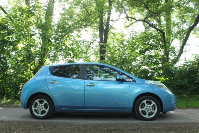 Nissan_Leaf_4